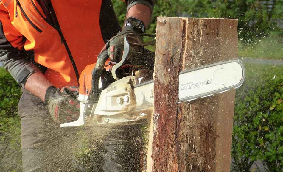 How to Start a Stubborn Chainsaw