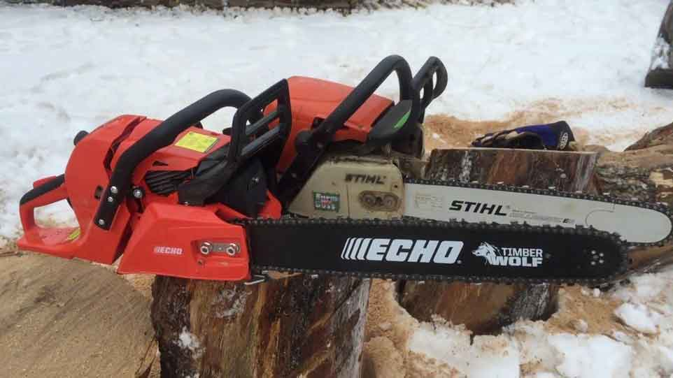 How to Start an Echo Chainsaw